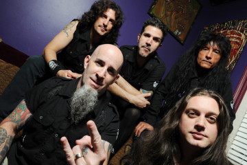 Clockwise from Left/front:  Scott Ian, Frank Bello, Charlie Benante, Joey Belladonna, Jon Donias