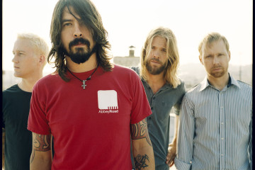 Foo-Fighters-2013
