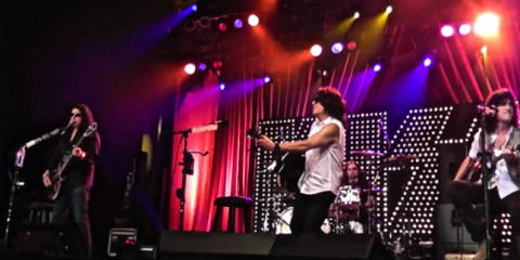 55B28656-kiss-new-pro-shot-video-posted-of-love-em-leave-em-from-acoustic-set-in-california-image